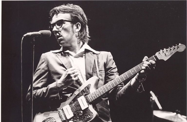 Elvis Costello –  (I Don't Want to Go To) Chelsea (1978)